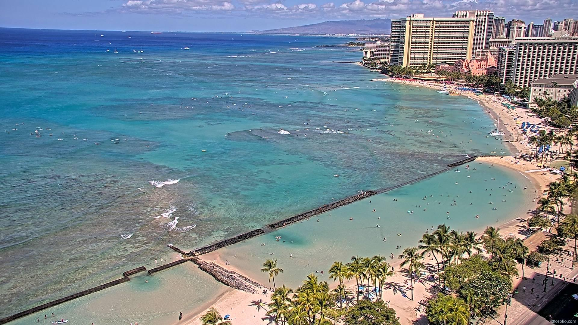 Waikiki Beach, Hawaii Fri. 10:16