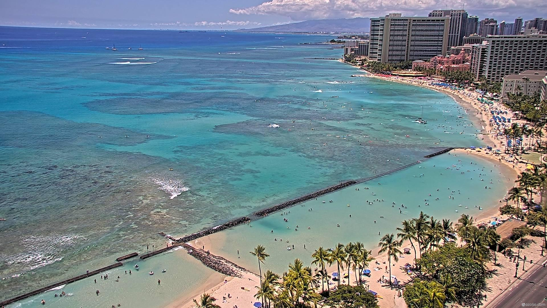 Waikiki Beach, Hawaii Fri. 13:16