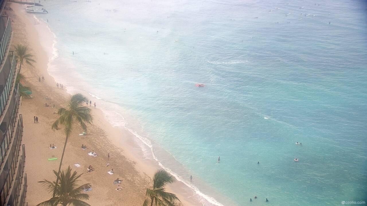 Waikiki Beach, Hawaii Tue. 08:20