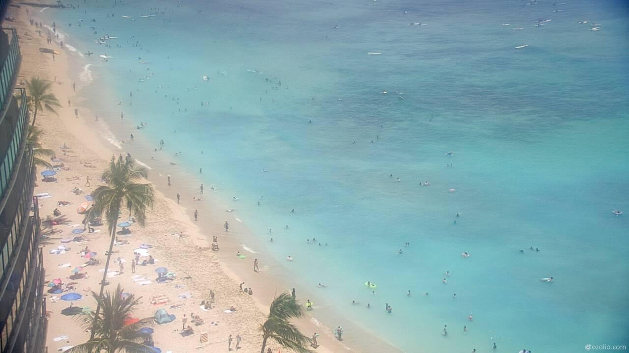 Waikiki Beach, Hawaii Tue. 12:20