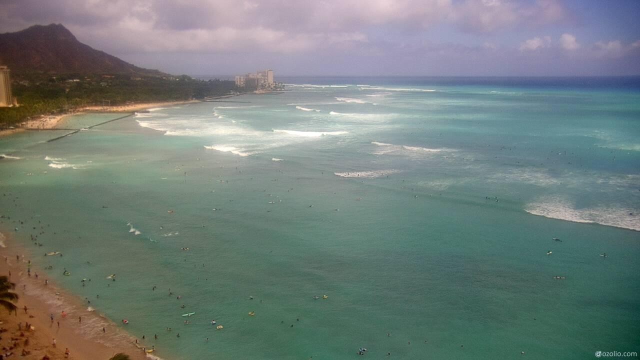 Waikiki Beach, Hawaii Tue. 14:20
