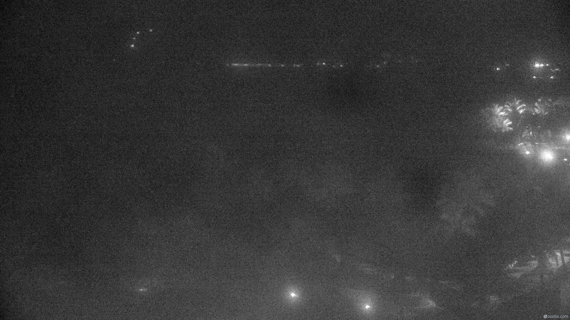 Wailea, Hawaii Mon. 00:17