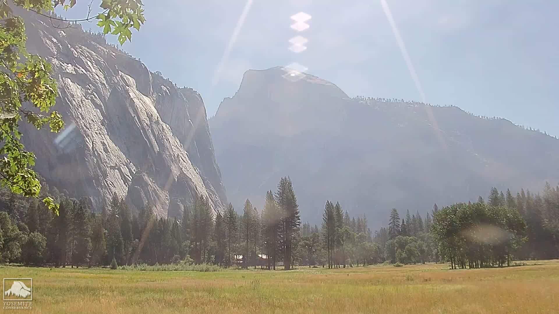 Yosemite National Park, California Tue. 09:45