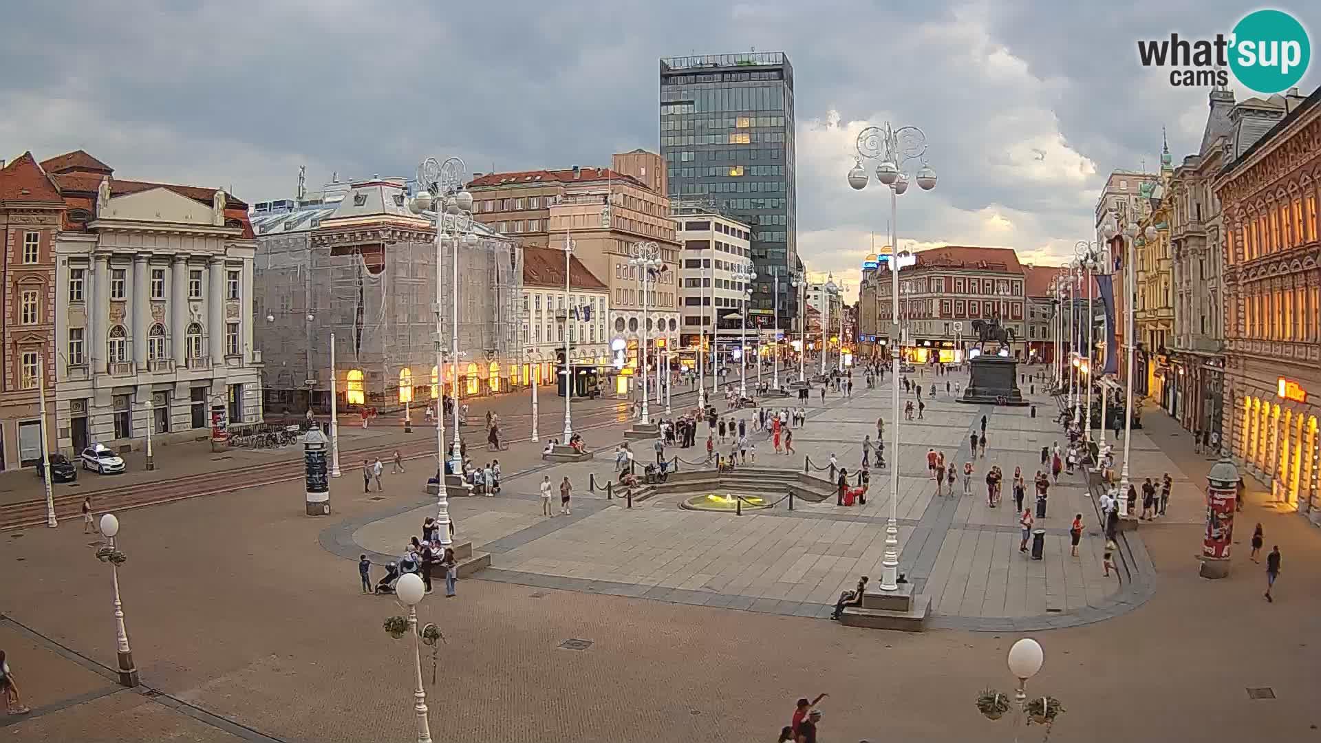 Zagreb Mon. 20:36