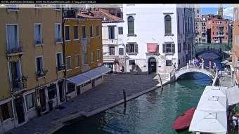 Venice Venice 15 minutes ago
