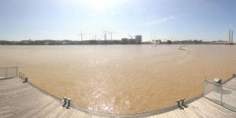 HD Panorama Garonne River